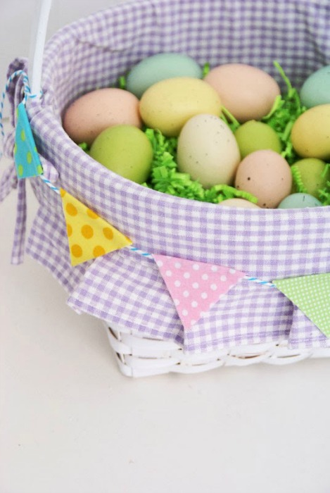 3.23.2014 Easter Bunting 469x700
