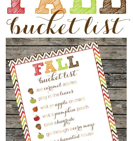 FREE fall printable bucket list! Printing so we don't miss out on our favorite fall activities.